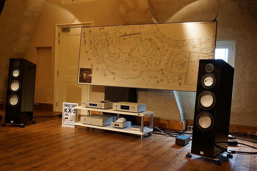 hs  high  audio rack  shelves solidsteel